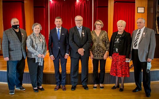 Polish Consul Decorates Local Polish-Americans